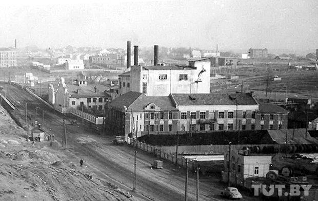 Корпуса первой минской электростанции. Фото 1944 г. из книги В. Кириченко «Минск. История послевоенного восстановления